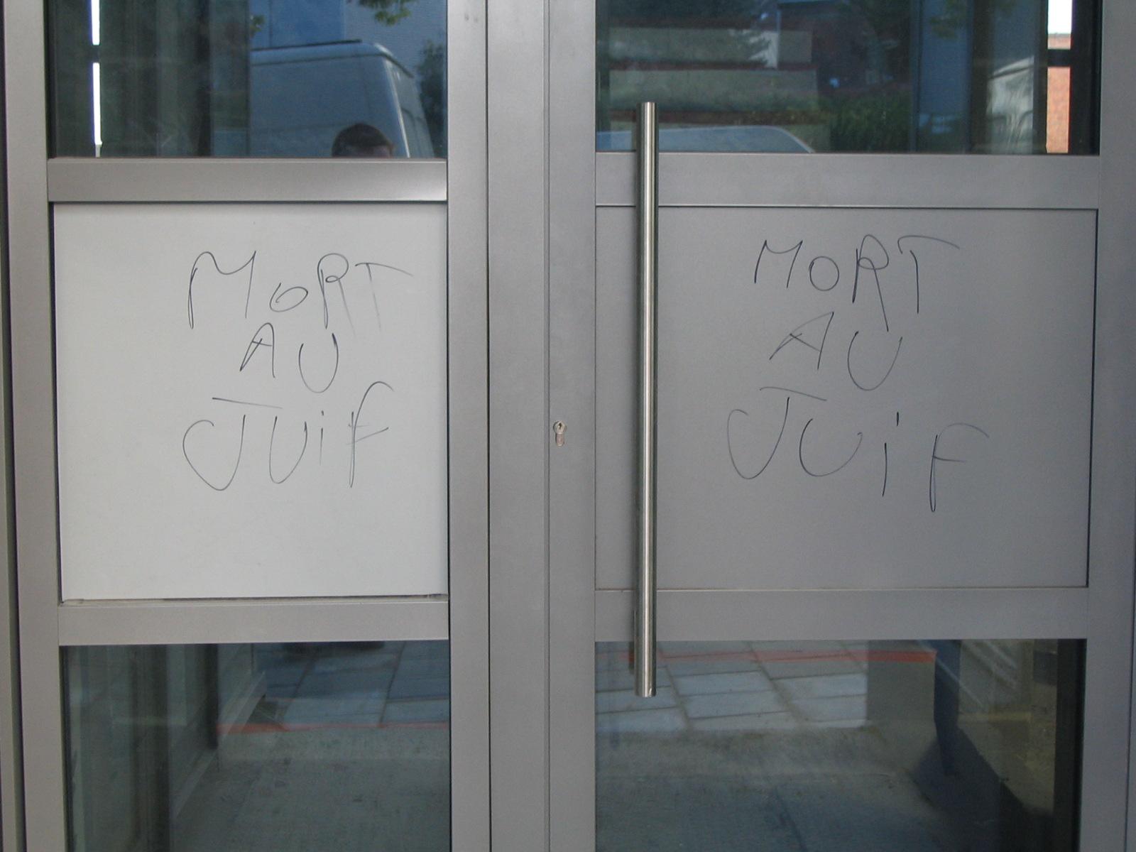 Vandalisme à la synagogue libérale à Forest