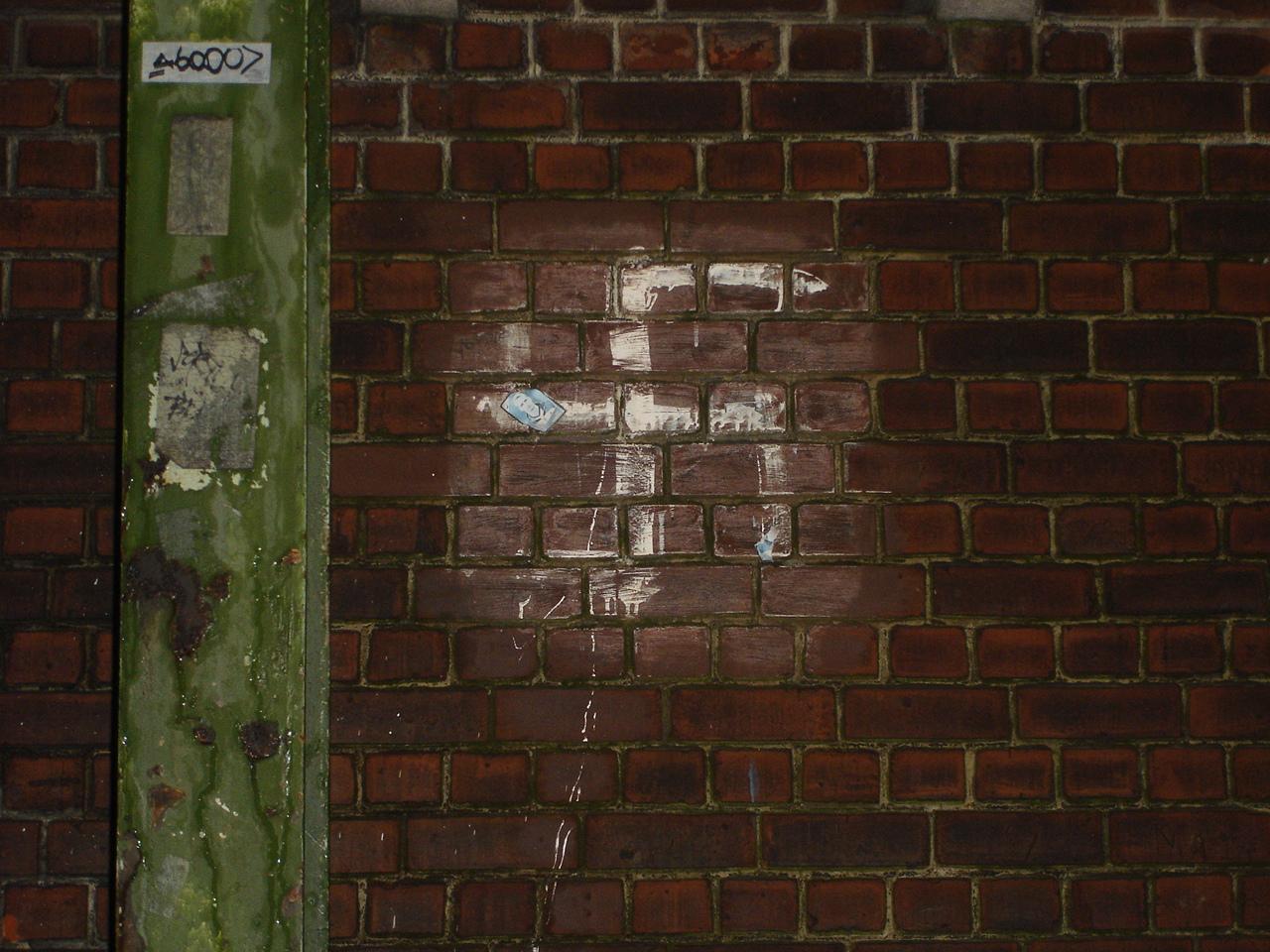 Croix gammées découvertes à Bruxelles